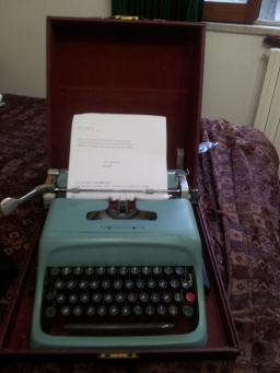 olivetti_underwood